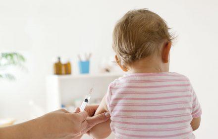 Vaccinazioni: l'importanza di un dialogo aperto e trasparente con i genitori